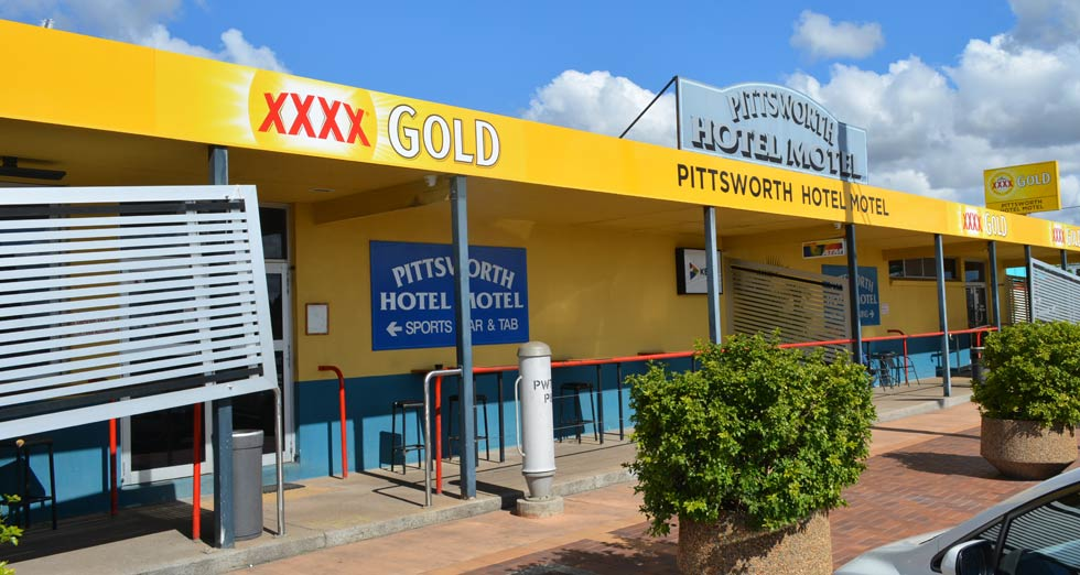 Pittsworth Hotel Motel located in the centre of Pittsworth QLD opposite the Centenary Park.