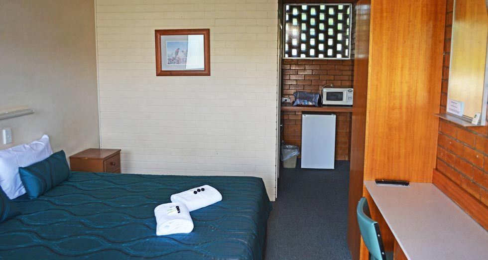 Comfortable motel units for overnight or longer stay at Pittsworth Hotel Motel.